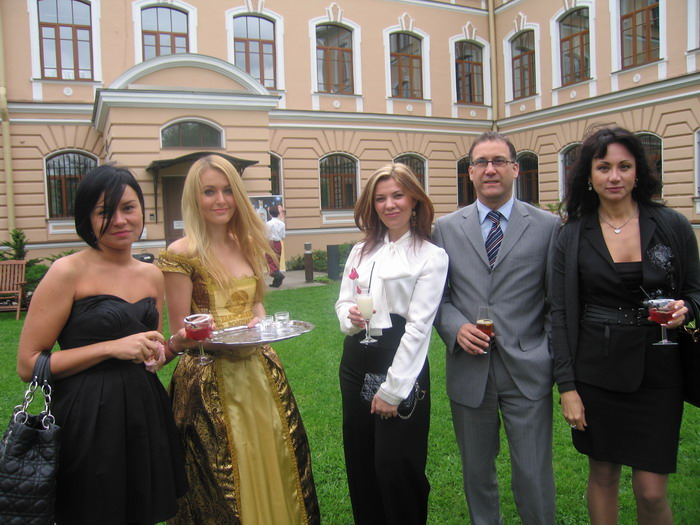 В российском посольстве 9 декабря прошло мероприятие digital barbeque-2016, уже ставшее традиционным